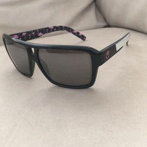 Dragon Jam sunglasses!